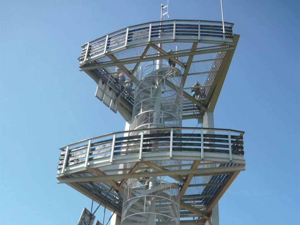 wieża smrek